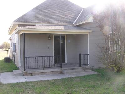 Piedmont Single Family Home For Sale: 604 NW 4th Street