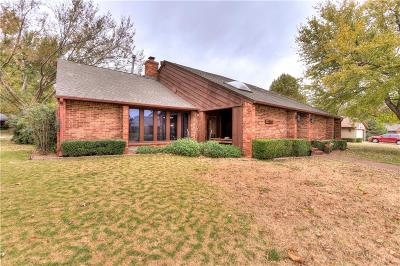 Oklahoma City Single Family Home For Sale: 10301 Harvest Hills Road