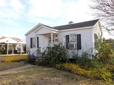 Elk City Single Family Home For Sale: 1022 W Ave D