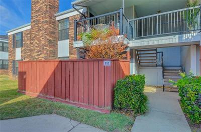 Norman Condo/Townhouse For Sale: 3003 River Oaks Drive #111
