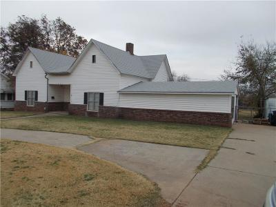Chickasha Single Family Home For Sale: 1027 S 5th