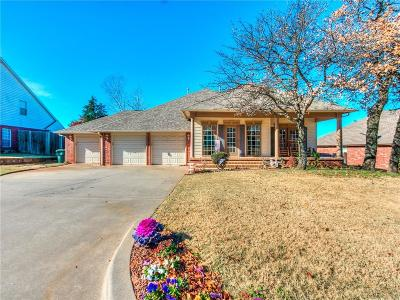 Midwest City Single Family Home For Sale: 2043 Yorkshire Drive