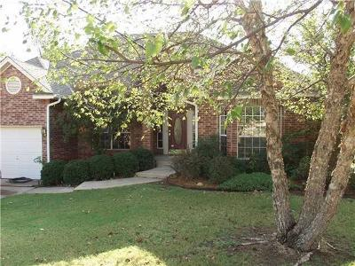 Edmond Single Family Home For Sale: 13720 Kirkland