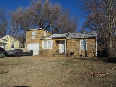 Oklahoma County Single Family Home For Sale: 1721 SW 16th