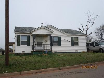 Oklahoma County Single Family Home For Sale: 700 NE 31st