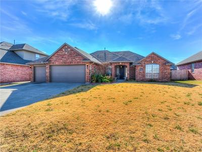 Norman Single Family Home For Sale: 504 Finch
