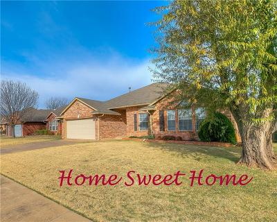 Edmond Single Family Home For Sale: 1809 Fairmont Lane