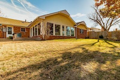 Mustang, Oklahoma City, Edmond Single Family Home For Sale: 11825 N Hastings Avenue