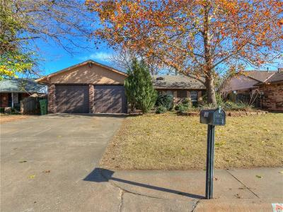 Yukon Single Family Home For Sale: 1303 Creek Drive