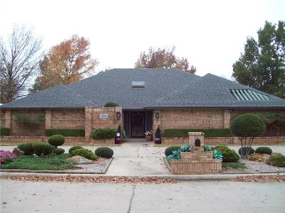 Chickasha OK Single Family Home For Sale: $279,000