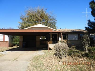Del City Single Family Home For Sale: 605 Holoway Drive