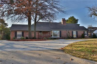 Nichols Hills Single Family Home For Sale: 1804 Guilford Lane