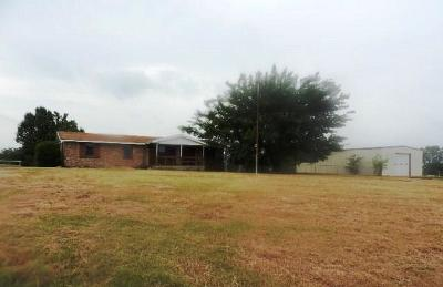 Lindsay Single Family Home For Sale: 18313 N County Road 3015