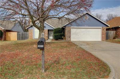 Midwest City OK Single Family Home For Sale: $135,000