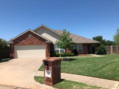 Edmond Single Family Home For Sale: 301 Bright Angel Trail