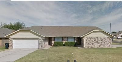 Oklahoma City Multi Family Home For Sale: 7143 NW 116th Street