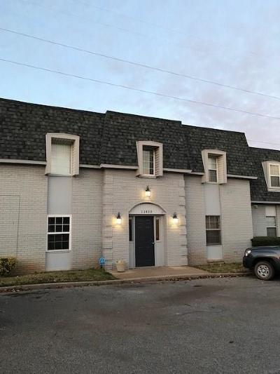 Canadian County, Oklahoma County Condo/Townhouse For Sale: 11433 N May Avenue #D