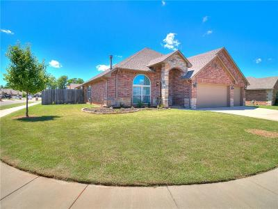 Yukon Single Family Home For Sale: 3613 Mustang Creek Circle