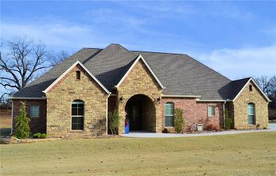 Chandler OK Single Family Home For Sale: $379,900