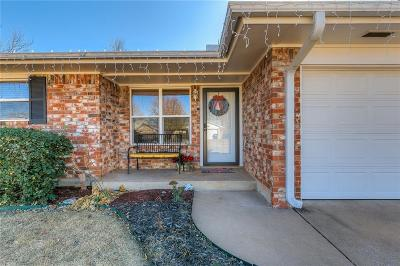 Mustang Single Family Home For Sale: 618 W Elder Drive