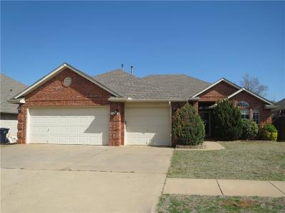 Oklahoma City OK Single Family Home Sale Pending: $159,900