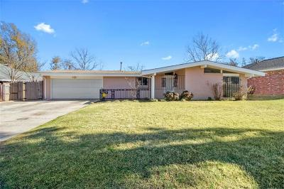 Oklahoma City Single Family Home For Sale: 6216 N Wildewood Drive