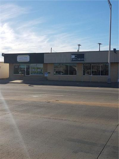 Commercial For Sale: 805 N Main