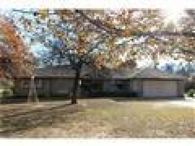Choctaw OK Single Family Home For Sale: $187,000