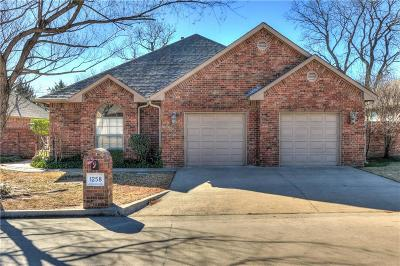 Shawnee Single Family Home For Sale: 1258 Augusta Court