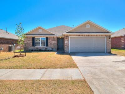 Oklahoma City Single Family Home For Sale: 8564 SW 44th Terrace