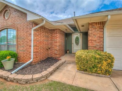 Oklahoma City Single Family Home For Sale: 11509 Walters Avenue