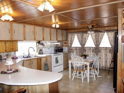 Arcadia Single Family Home For Sale: 14375 Amanda Lane