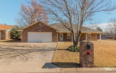 Perkins Single Family Home For Sale: 502 NE 5th