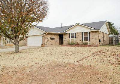 Oklahoma City Single Family Home For Sale: 8400 Timberwood