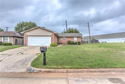 Moore Single Family Home For Sale: 601 NW 18th Street