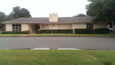 Anadarko Single Family Home For Sale: 905 SW 8th
