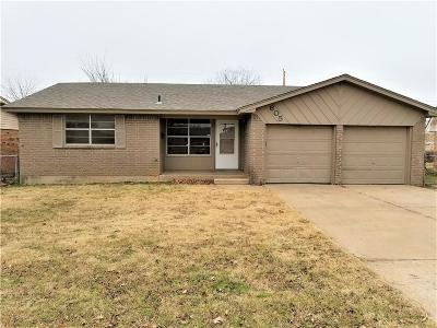 Moore Single Family Home For Sale: 605 Penn