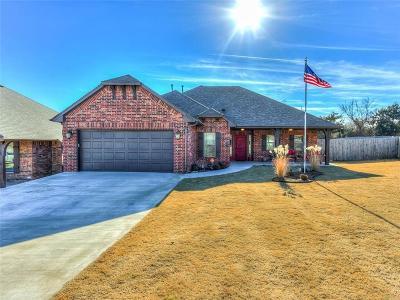Harrah Single Family Home For Sale: 20526 Autumn Trail