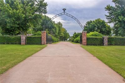 Oklahoma City Single Family Home For Sale: 10900 S Sooner Road