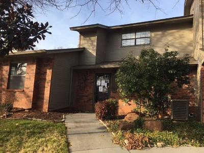Edmond Condo/Townhouse For Sale: 1321 Greenfern Lane