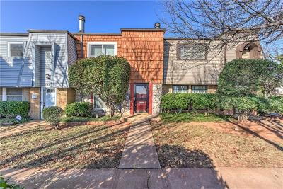 Oklahoma City Condo/Townhouse For Sale: 3319 W Hefner Road