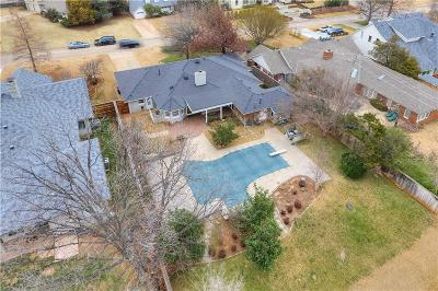 Oklahoma City Single Family Home For Sale: 1320 Sherwood Lane
