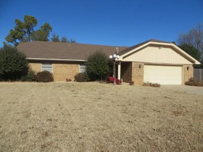 Chickasha Single Family Home For Sale: 206 Brookpark