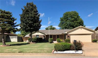 Altus Single Family Home For Sale: 1525 Oxford Drive