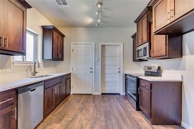 Oklahoma County Single Family Home For Sale: 1713 NE Euclid Street