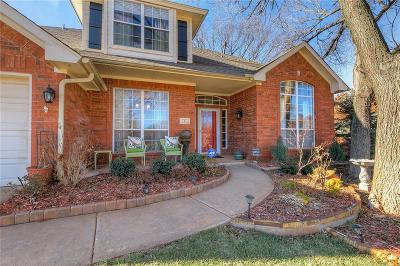 Edmond Single Family Home For Sale: 9 S Lexington