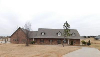 Blanchard Single Family Home For Sale: 1017 Lake Front Drive