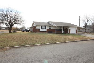 Moore Rental For Rent: 922 SW 2nd
