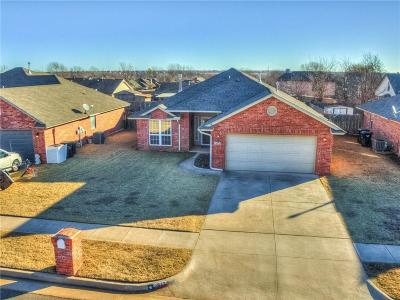 Moore OK Single Family Home For Sale: $170,000