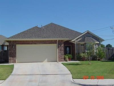Edmond Single Family Home For Sale: 15628 Darlington Lane